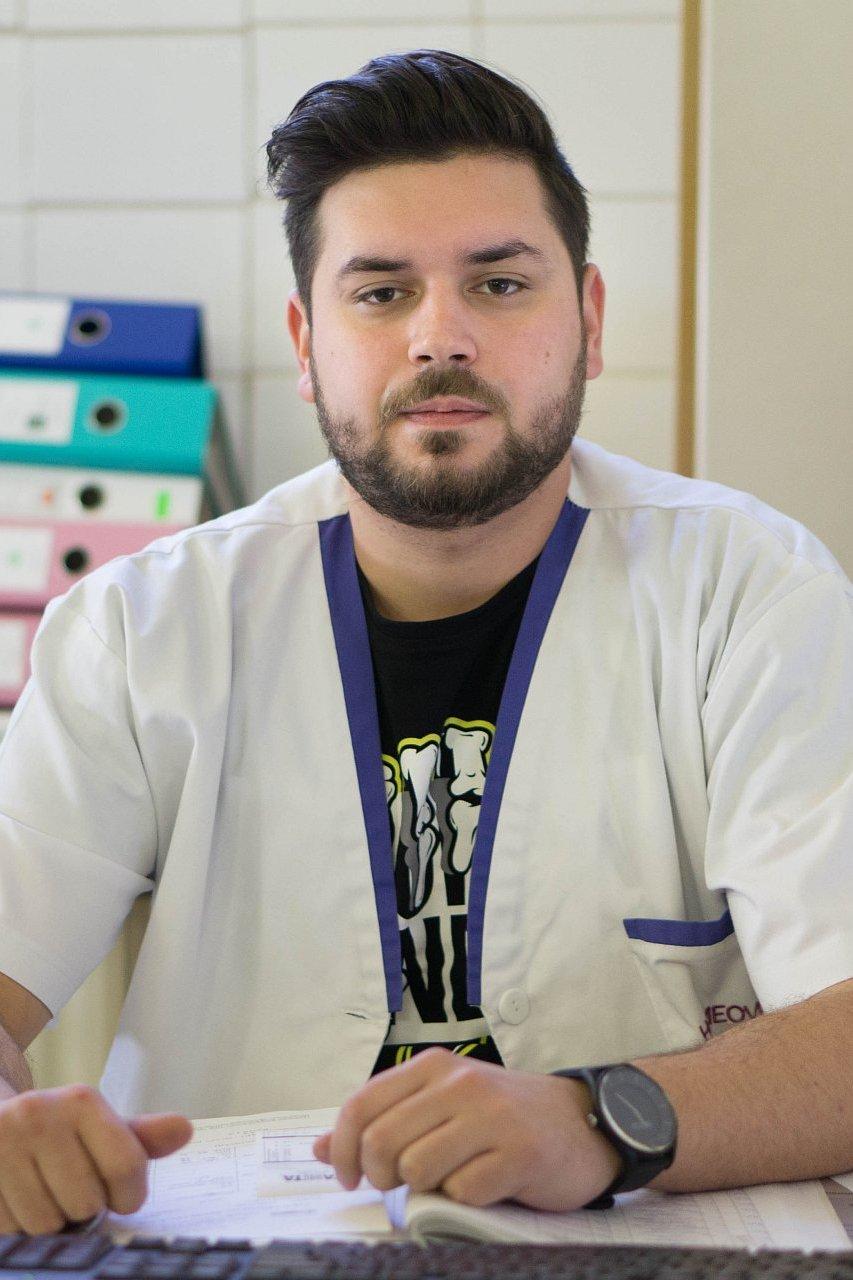 Asistent medical Recuperare - Cristian Patru 2