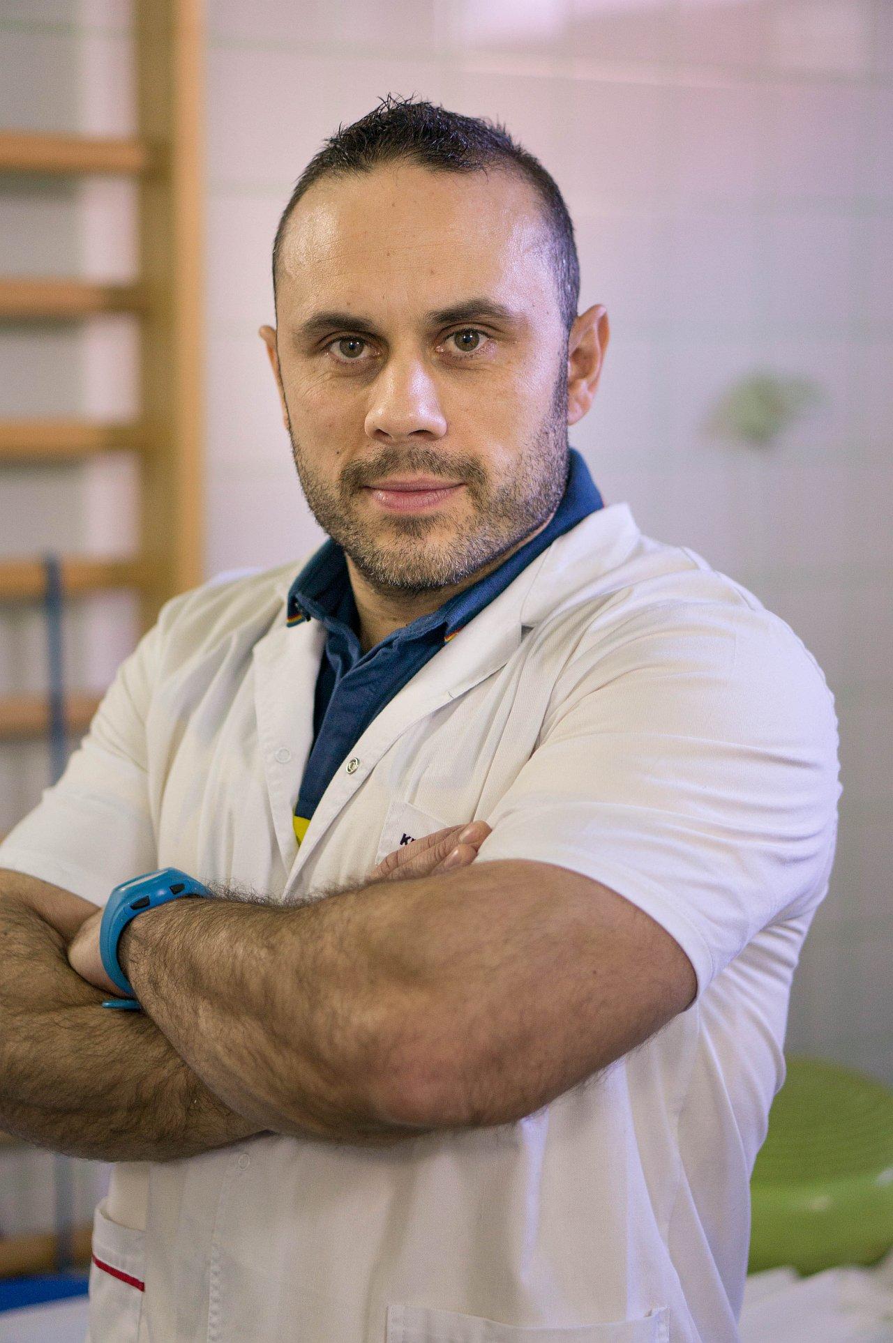 Kinetoterapeut Daniel Luica - Recuperare